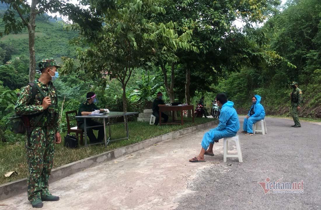 Cách ly hai mẹ con nhập cảnh trái phép từ Lào vào Nghệ An