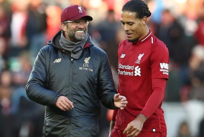 Liverpool nhận tin vui về chấn thương Van Dijk và Fabinho