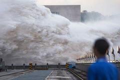 Trung Quốc dốc toàn lực ứng phó đợt lũ kỷ lục