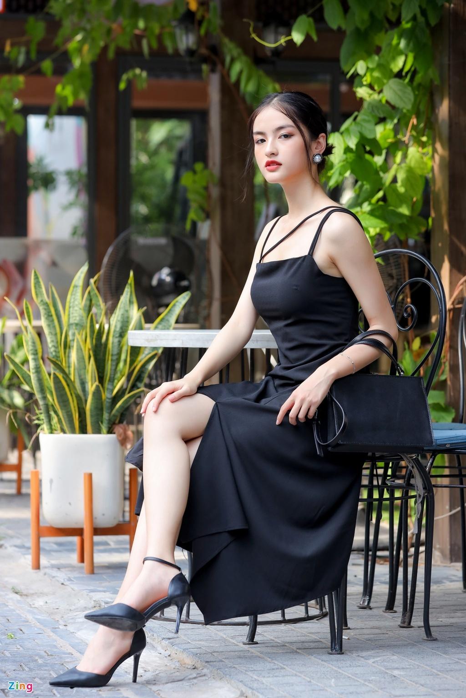 Ảnh đời thường nữ sinh thi Hoa hậu Việt Nam 2020