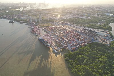 Southern authorities mull solutions on port development