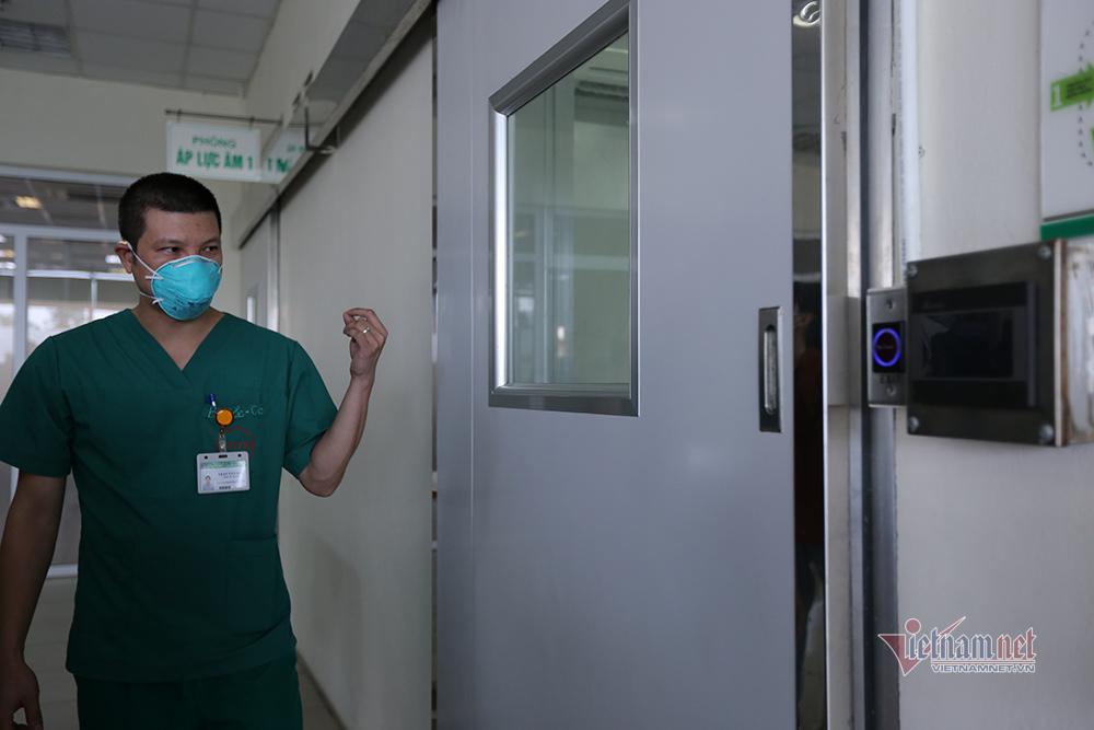 Bệnh viện Bệnh nhiệt đới Trung ương sẵn sàng đón 120 ca Covid-19 từ Guinea Xích Đạo