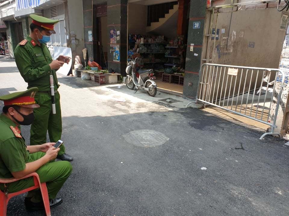 Phong tỏa  khu vực Mễ Trì Hạ và Trần Thái Tông vì ca nghi nhiễm Covid-19