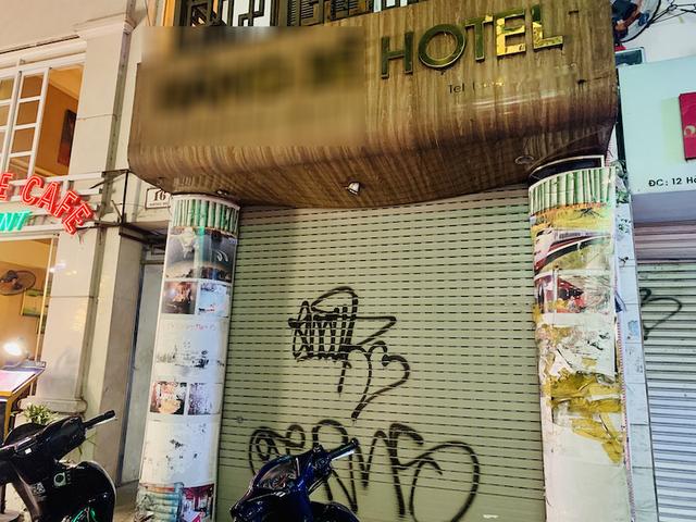 Khách sạn đất 'kim cương' đóng cửa la liệt, rao bán giá hàng trăm tỷ