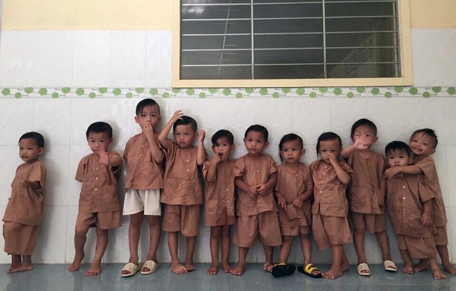 Chuyện về 'bà nội' của 26 đứa trẻ mồ côi ở miền Tây