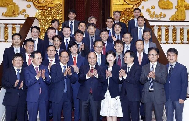 PM Nguyen Xuan Phuc hosts Korean investors in Vietnam