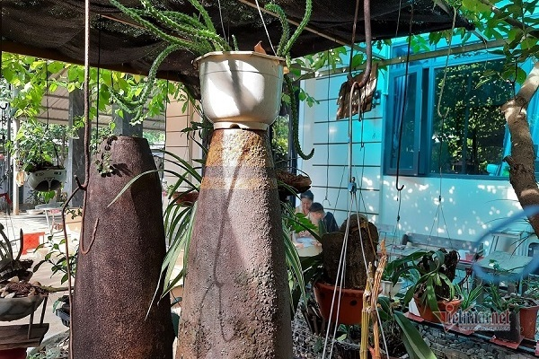 Thú chơi độc lạ ở Quảng Trị: Mua vỏ bom đạn trang trí khắp nhà