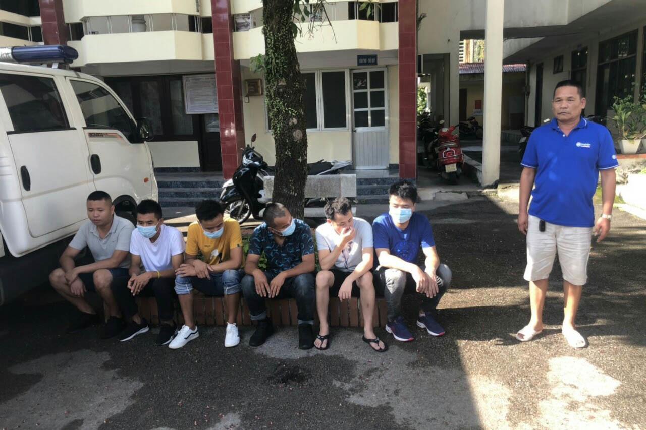Ngư dân báo công an bắt giữ 6 người Trung Quốc trên thuyền lạ