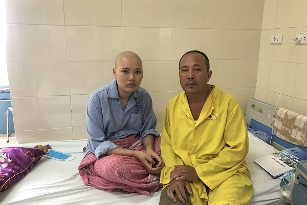 Gia đình có nguy cơ mất nhà vì hai mẹ con cùng mắc bệnh ung thư