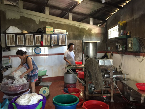 Common production hub may solve noodle-making village's waste problem