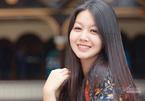 Vẻ xinh đẹp của MC Hồng Nhung 'Cà phê sáng'