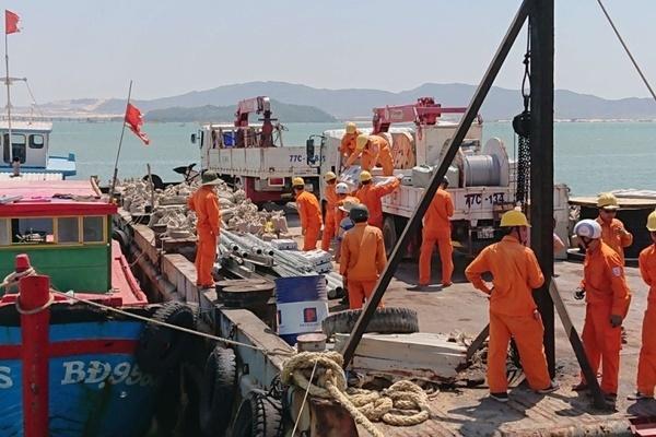 Hoàn thành rải 10 km cáp ngầm đáy biển cấp điện cho Cù Lao Xanh