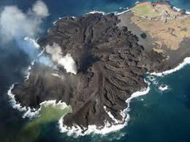 Hòn đảo phình to gấp 12 lần so với thời điểm mới 'ra đời'