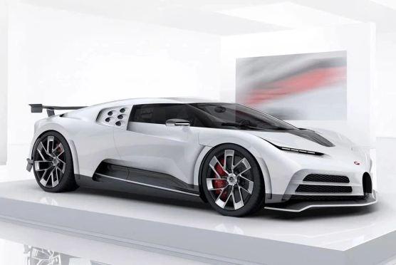 Cristiano Ronaldo tậu siêu xe Bugatti giá 11 triệu USD ăn mừng vô địch