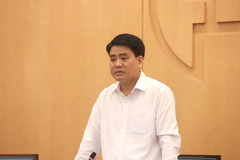 Chủ tịch Nguyễn Đức Chung yêu cầu test nhanh Covid-19 xong trong ngày Chủ nhật