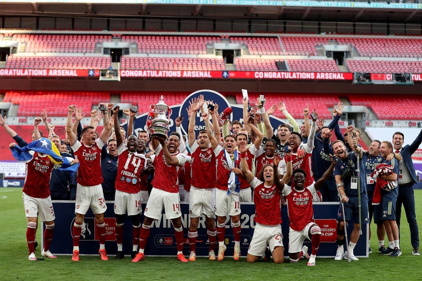 Aubameyang xé lưới Chelsea, Arsenal vô địch FA Cup