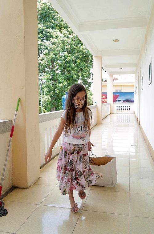 Diva Hồng Nhung gửi tâm thư cảm động từ khu cách ly
