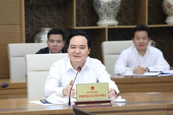 Bộ trưởng Phùng Xuân Nhạ đề xuất 2 đợt thi tốt nghiệp THPT