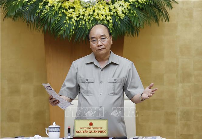 Thủ tướng: Không làm thái quá, không ngăn sông cấm chợ