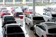 Tháng đầu năm mới, tiêu thụ ô tô Việt giảm sâu