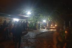 Kè đá sập vùi lán trại, đè chết người trong mưa lớn ở Quảng Ninh