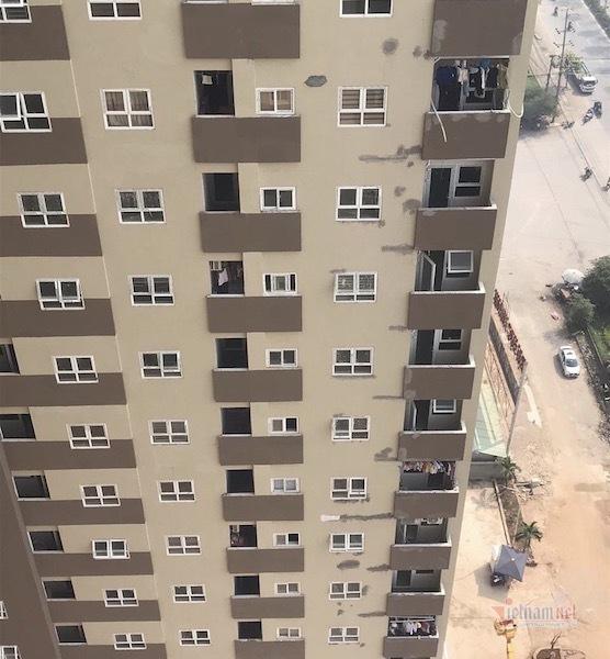 Chính quyền buông lỏng, DN không ngán xử phạt cho dân về ở chung cư vi phạm