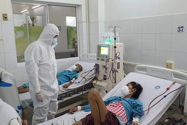 13 ca Covid-19 nguy kịch và nặng, Bộ Y tế tiếp tục chi viện bác sĩ