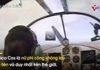 Câu chuyện phi thường của nữ phi công lái máy bay bằng chân