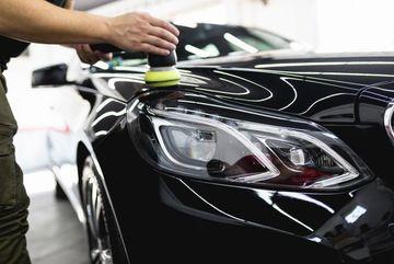 Bí quyết giữ lớp sơn xe ô tô bền đẹp, không bong tróc