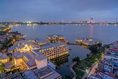 Mua bán khách sạn 5 sao hơn 350 triệu USD ở Việt Nam