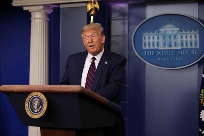 Ba ngày hoảng loạn, tín hiệu bất ngờ cho Donald Trump