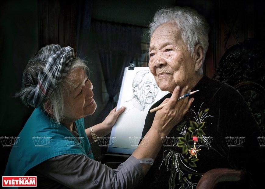 Vietnam life through lens of female photographers