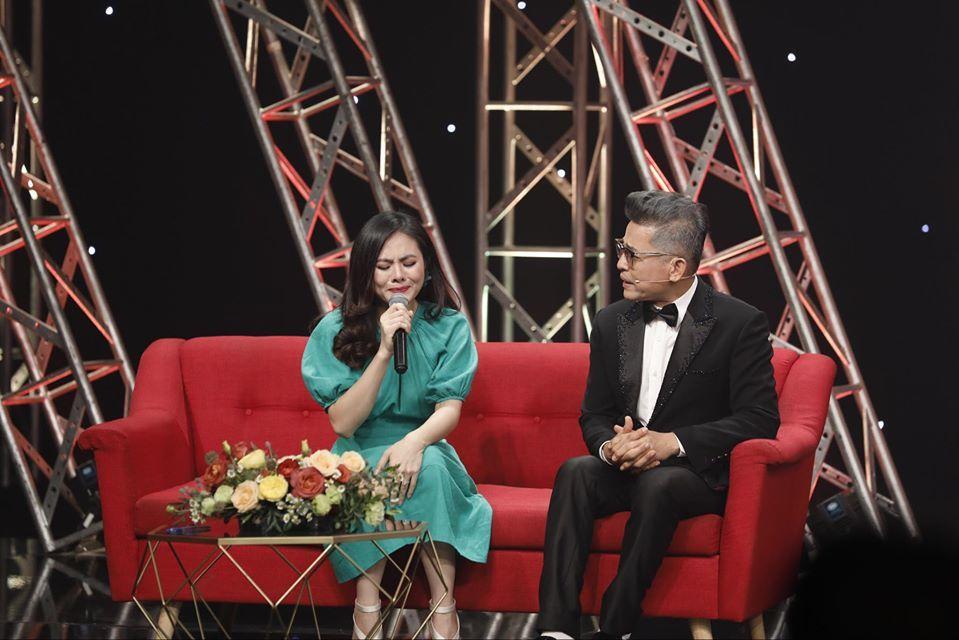 Vân Trang khóc nức nở vì bị chê 'vậy mà cũng làm diễn viên'
