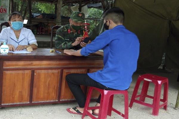 Bác sĩ Bình Định xung phong ra TP Đà Nẵng chống dịch Covid-19