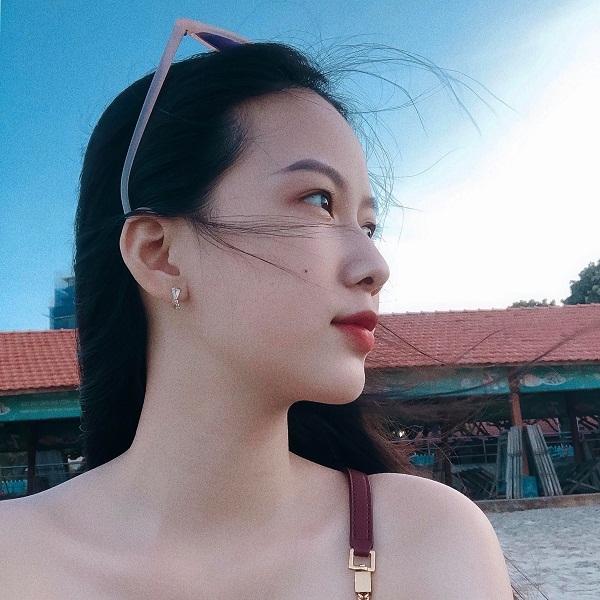 Thiếu nữ có gương mặt thánh thiện dự Hoa hậu Việt Nam 2020