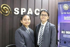 Nữ sinh lớp 10 phát hiện tiểu hành tinh di chuyển về Trái đất