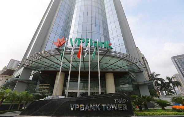 VPBank ủng hộ 10 tỷ đồng cho bệnh viện dã chiến Hoà Vang Đà Nẵng và tỉnh Quảng Nam