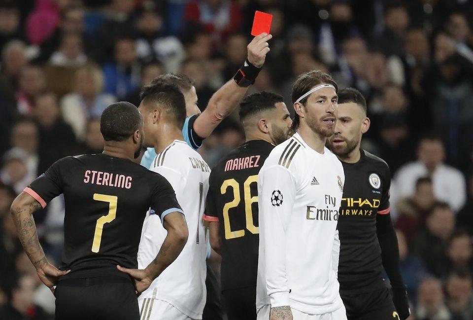 Bale tiếp tục bị Zidane 'xúc phạm', cười ra nước mắt