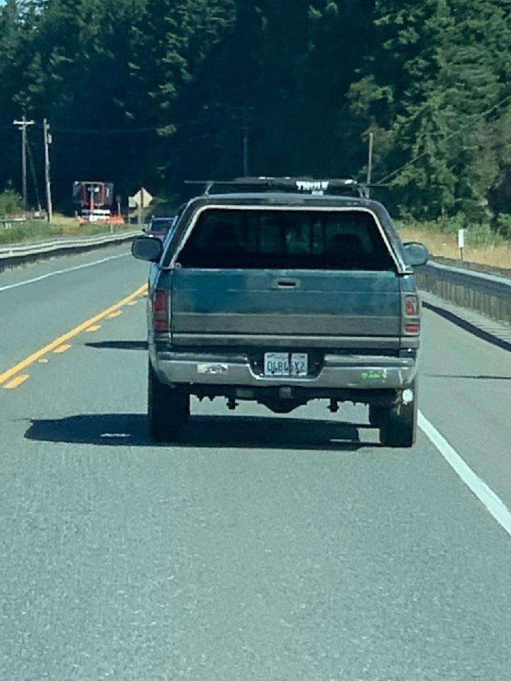 Ăn trộm ô tô, đâm 26 xe khác trên đường tẩu thoát