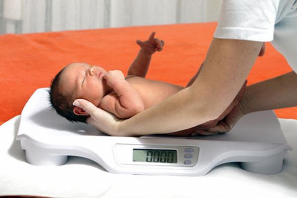 Chăm sóc 1.000 ngày đầu đời phòng chống suy dinh dưỡng bà mẹ, trẻ em