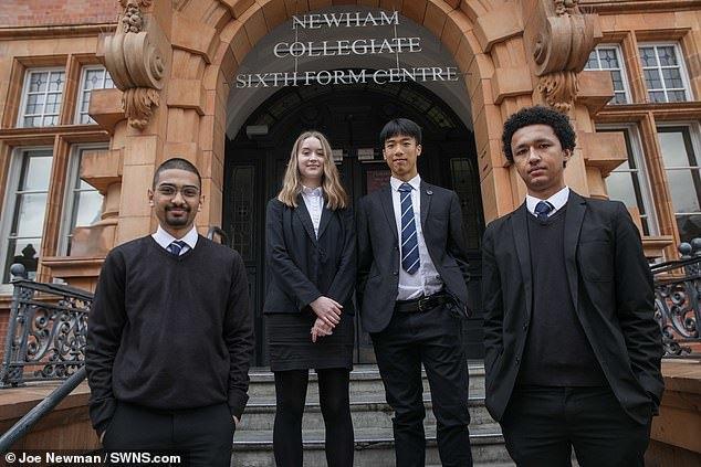 Con trai người thợ máy gốc Việt trúng học bổng Harvard