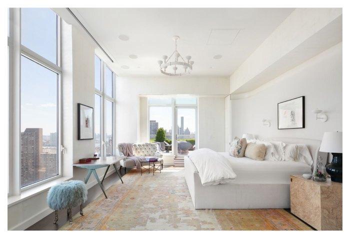 Thăm penthouse 230 tỷ đẹp như mơ của Jennifer Lawrence