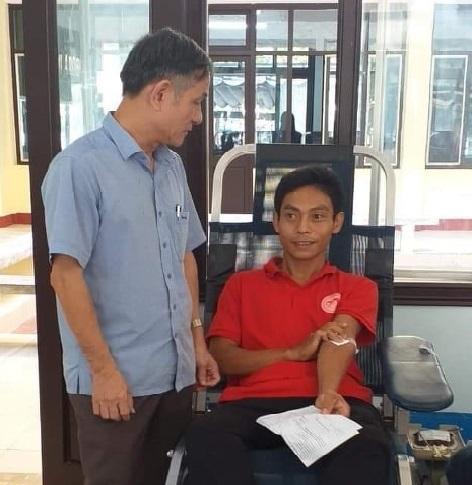 Anh thợ hồ 43 lần hiến máu cứu người ở Quảng Trị