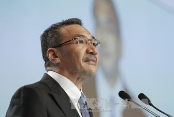 Malaysian FM stresses ASEAN's solidarity in solving East Sea issue