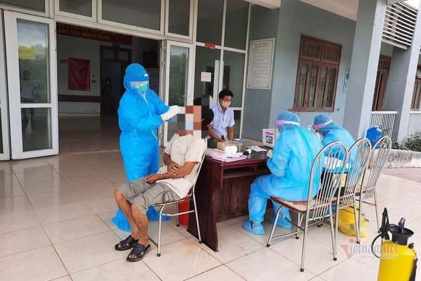 Lịch trình di chuyển dày đặc của 2 bệnh nhân mắc Covid-19 ở Quảng Trị