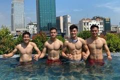 """Ngắm cơ bắp """"vạn người mê"""" của dàn sao tuyển Việt Nam"""