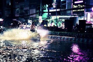 Heavy rains wreak havoc up and down nation