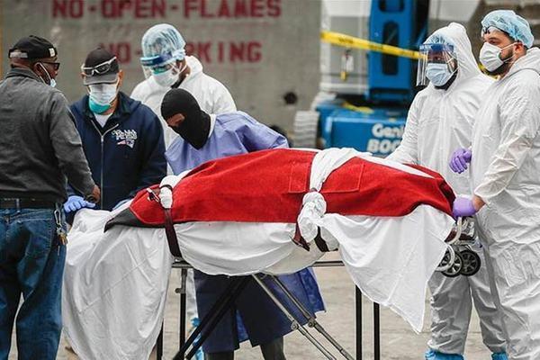 Covid-19 diễn biến quá phức tạp, Mỹ vẫn thêm hàng nghìn người chết