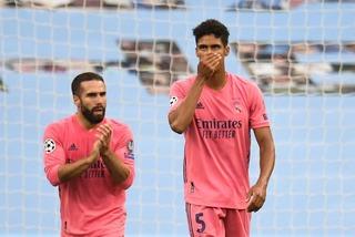 Varane xin lỗi đồng đội Real sau màn trình diễn thảm họa