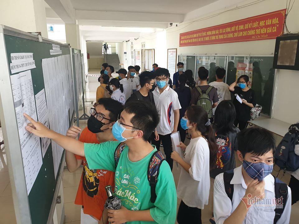 Gần 900.000 thí sinh làm thủ tục dự thi tốt nghiệp THPT năm 2020